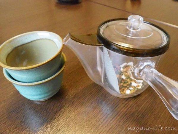 観光荘 岡谷市 食後の玄米茶