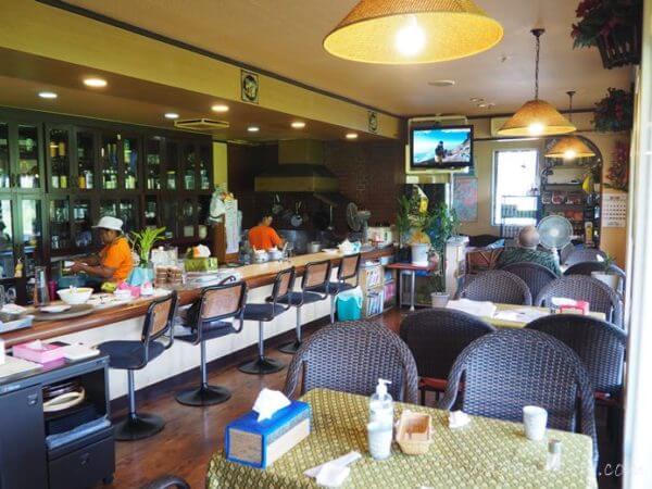 アゲイン中川村タイ料理店 お店の雰囲気
